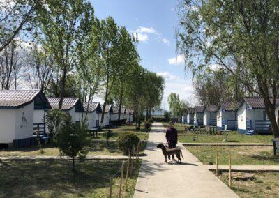 satul de vacanta campoeuroclub cazare casute